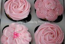 Cakes/Cupcakes / by Tonya Walker