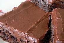 Food: Desserts: Brownies, Blondies, and Bars (Vegetarian or Vegan) / by Kelly N Z Rickard