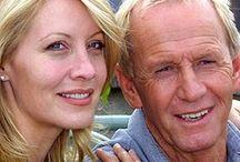 Paul Hogan & linda Kozlowski