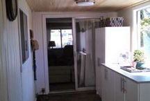 DIY Mobile Home Ideas / Mobile home remodeling and repair ideas. Living in a mobile home. Tips for decorating a mobile home. Mobile home renovation on a budget. Living in a mobile home to be debt free.
