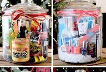DIY Gift Ideas / DIY gifts. Homemade Christmas gift ideas. Homemade Easter baskets. DIY Mother's Day gifts. DIY Birthday gifts. DIY gift ideas for teachers.