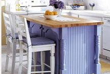 Kitchen Islands and Kitchen Decor / by Cindy Connors (Nixon)
