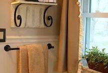 Bathroom Decor / by Cindy Connors (Nixon)