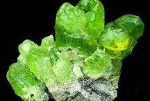 Crystals, Stones / by Liz Cranage