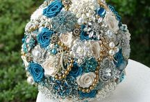 Wedding bouquets / by Chanelle Cutler