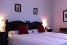 Nuestras Habitaciones / Perfectamente acondicionadas con todos los servicios que puedas requerir.