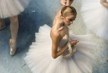 J'adore Le Ballet / Such a beautiful & elegant dance form. Part of me wishes I was a Prima Ballerina.