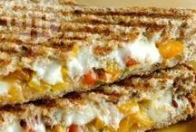 Lanches / Receitas selecionadas de sanduíches, pãezinhos, biscoitos, tortas e mais delícias para a sua inspiração!