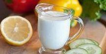 Molhos para salada / Encontre ideias de molhos para incrementar a sua salada! Temos molhos de mostarda e mel, molhos a base de iogurte, molhos light, vinagretes e muito mais. Confira!
