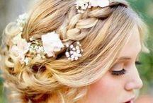 Hair+MakeUp! / by Flor de Maria