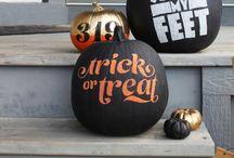 Holiday // Halloween / by Donya Gjerdingen