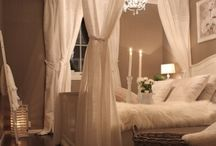 Bedrooms / by Sophie