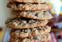 recipes: sweet treats / Recipes I'd love to try. Baked goodies & much more! / by christine danielle