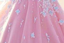 31 vestidos de xv años estilo vintage / 31 vestidos de xv años estilo vintage http://ideasparamisquince.com/31-vestidos-xv-anos-estilo-vintage/ 31 xv vintage style dresses #31vestidosdexvañosestilovintage #decoraciondefiestas #decoracióndexv años #Fiestasdexvaños #ideasparaquinceañeras #ideasparaxvaños