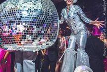 30 Diseños de pistas iluminadas para fiestas de xv años / 30 Diseños de pistas iluminadas para fiestas de xv años http://ideasparamisquince.com/30-disenos-pistas-iluminadas-fiestas-xv-anos/ 30 Illuminated trail designs for parties of xv years #30Diseñosdepistasiluminadasparafiestasdexvaños #Decoracióndelapistaparaquinceañera #decoraciondelsalon #Decoracionparaxvaños #ideaspara15años #ideasparaquinceañeras #ideasparaxvaños