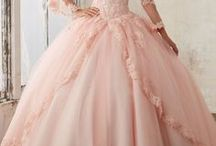 33 Vestidos de xv años estilo princesa / 33 Vestidos de xv años estilo princesa http://ideasparamisquince.com/33-vestidos-xv-anos-estilo-princesa/