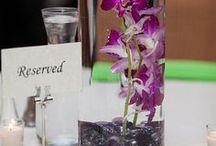 Centros de mesa para 15 años con flores en agua / Centros de mesa para 15 años con flores en agua http://ideasparamisquince.com/centros-mesa-15-anos-flores-agua/