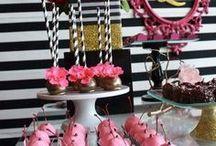 Ideas para una Fiesta de XV años con Rayas Y Flores / Ideas para una Fiesta de XV años con Rayas Y Flores http://ideasparamisquince.com/ideas-una-fiesta-xv-anos-rayas-flores/ #decoraciondeparisparacumpleaños #decoracionderayasyfloresparaXvaños #decoraciondesalonpara15añosestiloparis #ideaspara15añosdeflores #IdeasparaunaFiestadeXVañosconRayasYflores #mesadedulcesestilomodernoydelicado #mesadedulcestemaoriginal #mesadepostrestemaparis #tematicaparisina