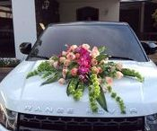 Decoración para el auto de la quinceañera / ideas para decorar el auto en una fiesta de quince años, como decorar un auto para una quinceañera, ideas para una fiesta de quince años, decoracion para carro de quinceañera