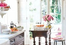 Kitchen Designs / Beautifully designed kitchens that you will want to cook in for hours!
