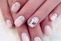 Wedding Nails / Your nails are going to be photographed all day, think wisely