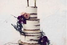 Winter Wedding Cakes / Some winter inspired wedding cakes