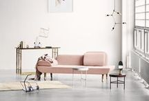 06    THE ROMANTIC / Blush, pink, nude and tangerine Dit interieur is licht, omhullend. Het heeft naast de Scandinavische invloeden poederachtige accenten door te werken met zachte pasteltinten en vrouwelijke details.