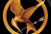 Hunger Games / Qui ne connait pas la série a succès? Une histoire à rebondissement, un méchant que l'on veut détrôner, des jeux qui rendent fou et qui coutent la vie... un monde qui devient fou. On ne sait plus sur qui compter. Ami ou ennemi... Voici le temps d'Hunger Games!