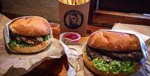 Burger / Hier ist wohl unsere Leckerste Pinnwand.  Wir sammeln hier die von uns probierten Burger sowie coole Burgerläden und Rezepte die wir unbedingt probieren müssen