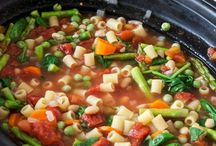 Cookin' in a Crock / Slow cooker recipes