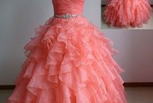 I wish.......dresses  / I've always loved dressing up and wearing fancy dresses ❤️️ so here are some of the prettiest dresses that I've ever seen and would love to wear someday ❣️