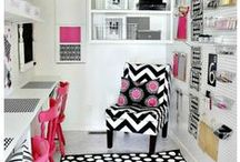 HOME: Craft Room Ideas / Awesome ideas for your Craft or Studio Room. Craft supply storage and craft studio designs.
