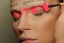 Make Up & Beauty / by Laura Cavazza