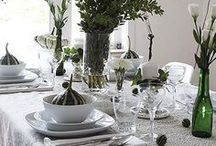 HOME: Table Setting Ideas / DIY Amazing Table Setting ideas for Thanksgiving, Christmas, and all celebrations. Or find everyday tablescapes for all year.