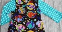 Kapuzenkleider für Mädchen handgefertigt / handgefertigte Shirtkleider mit Zipfelmützen für Mädchen, in liebevoller Handarbeit gefertigt und daher ein absolutes Unikat.