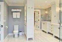 Bathrooms / by Natalie Trevino-Hettena