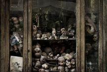 Dark Home Decor I Adore ❤️