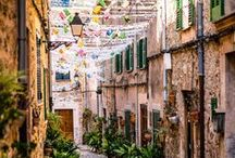 Spain / Explore the captivating beauty of Spain. // Explora el encanto de España.