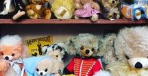 Cheeky and Punkie Bears / Merrythought Cheeky and Punkie Bears