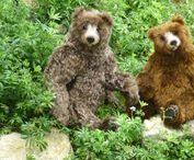 Lifelike Bears and Friends