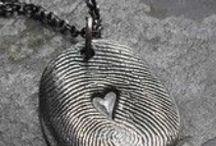 knutsels juwelen / by Cindy De Wolf