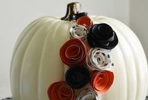 Holidays: Halloween Decor & Crafts / Get great Halloween decor and craft ideas!