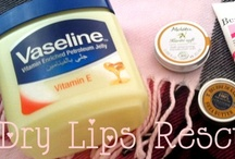 Winter Lip Care: Dry Lips Rescue / Sharing tips and tricks how to heal dry chapped lips in the winter. #drylips #winter #lipcare #chappedlips #drylipsrescue #skincare #remedy #howto #lips / by Helen Nguyen
