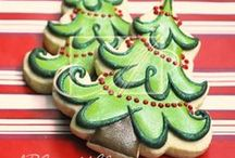 Christmas Cookies / Beautiful Christmas Cookies from around the net / by SweetSugarBelle