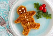 Holiday Cheer! / Cuddle up by the fire and celebrate the winter holidays with the Care Bears.