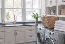 Laundry Room Work Space / We all dream of having more laundry space. Enjoy these beautiful laundry rooms that give you all of the work space you could have ever imagined.
