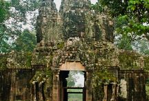 Siem Reap tour guide / Siem Reap Tour Guide is a group of Local Professional tour guide at Angkor wat Park