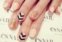 NAILS! / by Chelsey Patti