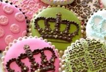 Cookies, cookies, cookies / by Roberta Giovaneli