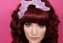 Hime Gyaru / This beautiful and extravagant wig style can be worn right out of the bag for very defined and strong curls, or brushed through for a soft and natural look. All colorways of this style used blended colors, for a more realistic effect.
